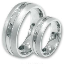 Tak nakonec jsme vybrali a objednali tyto prsteny z chrirugické oceli i s rytinou... uvidíme jaký bude výsledek