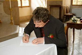podpisy...