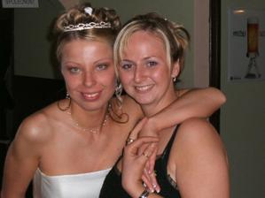 moje kamarádka a svědkova přítelkyně