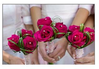 Pro maminky + svědkyni (ta bude mít 5 růží)