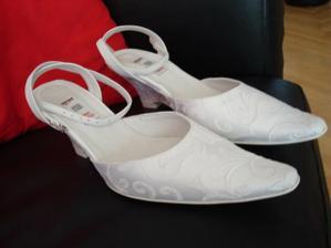 tak tyhle botičky už mám doma.....
