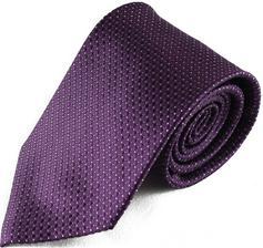 ženichovi plánujeme fialovou kravatu a ponožky, aby ladil k mým fialovým botkám (pokud nějaké pěkné najdu :) )