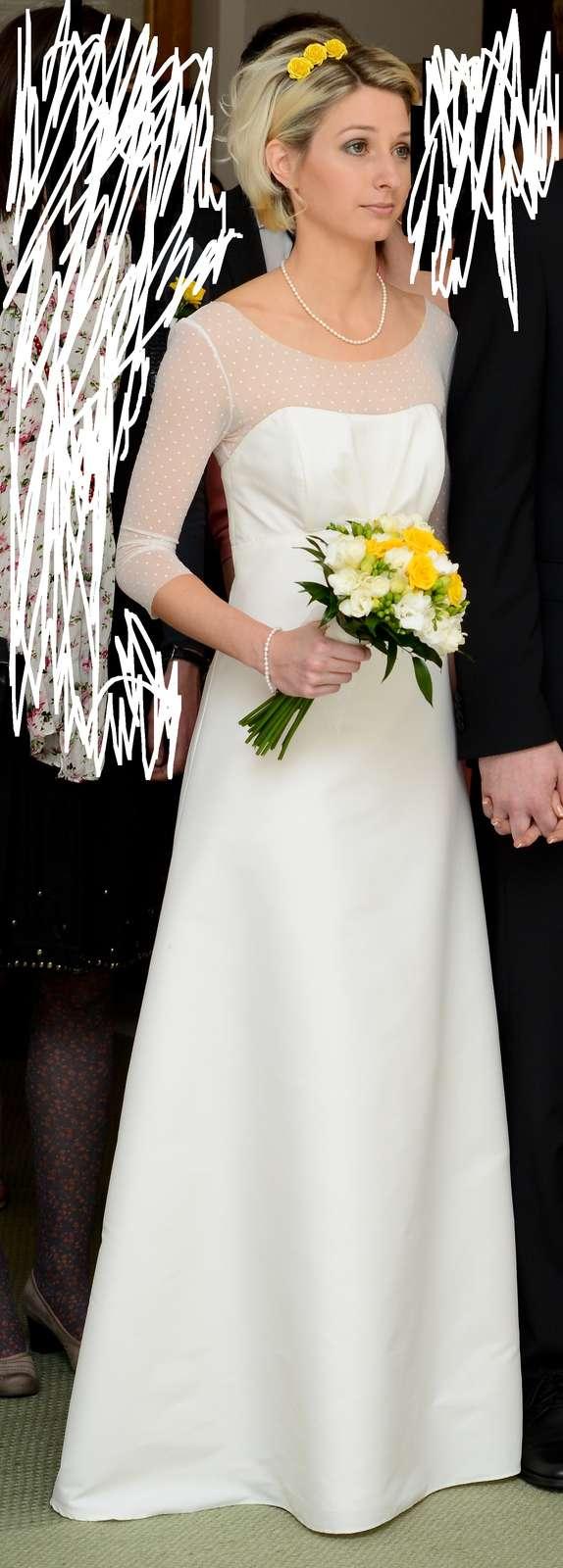 Jednoduché svatební šaty s 3/4 rukávy vel. 32-34  - Obrázek č. 1