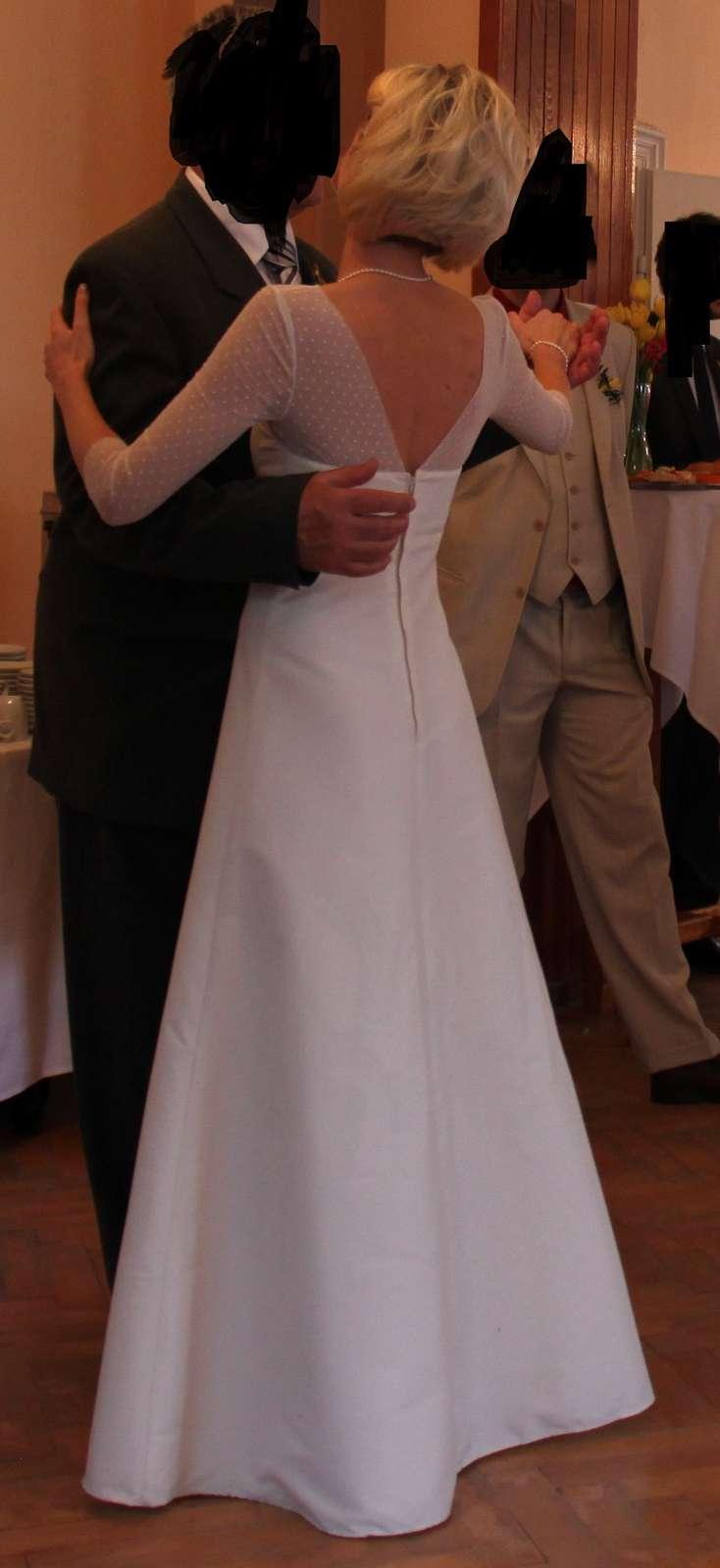 Jednoduché svatební šaty s 3/4 rukávy vel. 32-34  - Obrázek č. 3