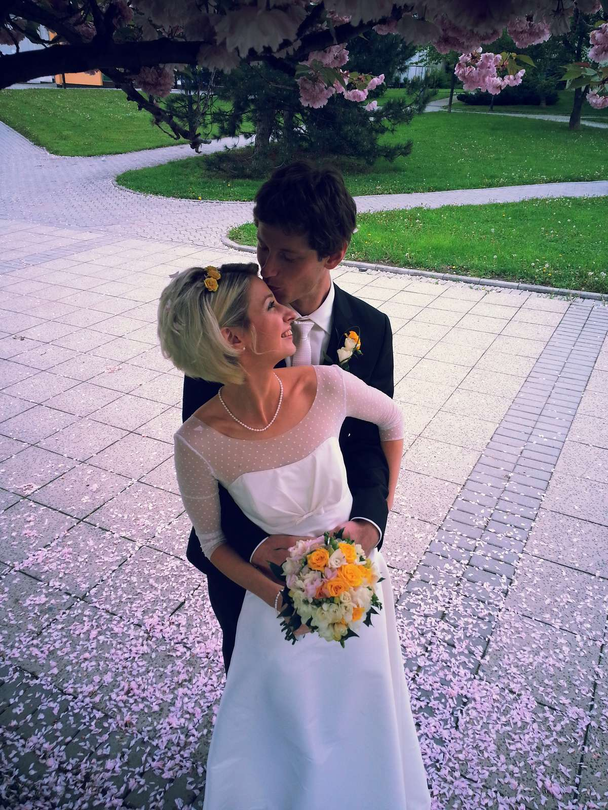 Jednoduché svatební šaty s 3/4 rukávy vel. 32-34  - Obrázek č. 2