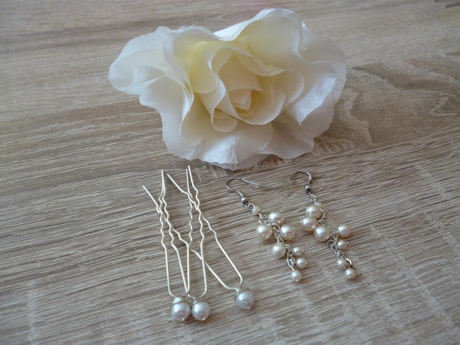 Perličkové visací náušnice, vlásenky, látková růže - Obrázek č. 1