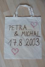 trochu jsem se spletla při psaní datumu a pak jsem zjistila, že jsem už 10 let vdaná :-)