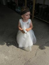 Naše princezna.... At´ žije čelenka nakřivo :)