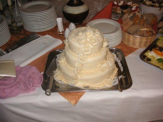 Timka Balgová{{_AND_}}Števi Balga - nasa torticka krasna