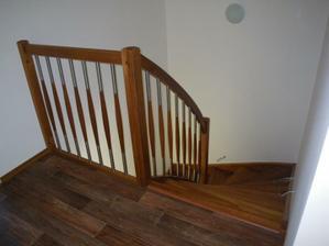 schodiště shora
