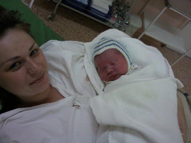 Veronika{{_AND_}}Branislav - 16.4.2009 sa nam narodil syncek matej