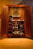 Luxusní renovovaná skříň,