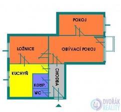 Původní půdorys bytu, v bývalém obývacím pokoji bude příčka, a rozdělený vchod do pokojíčku a ložnice.Bude prohozený obývák s obývacím pokojem,