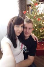 Náš první společný vánoční stromeček a trička jako dárek :-)