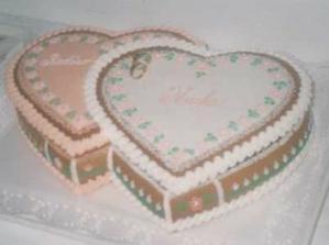 Perníková svadobná torta