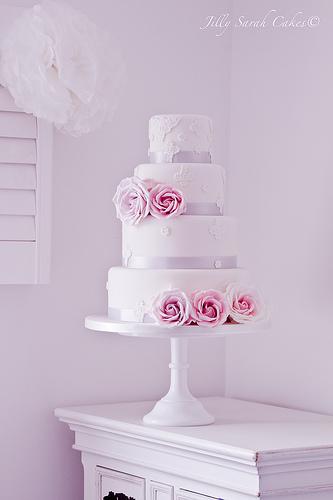 Ružové torty inšpirácie - Obrázok č. 10