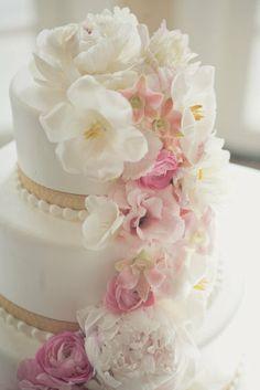 Ružové torty inšpirácie - Obrázok č. 16