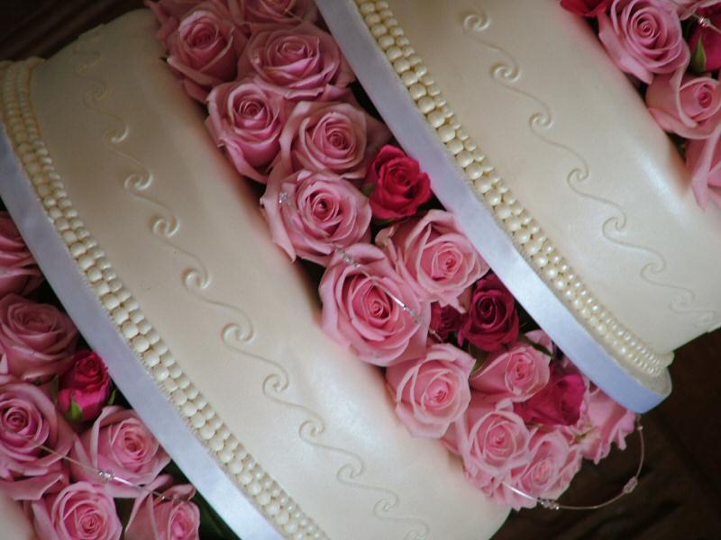 Ružové torty inšpirácie - Obrázok č. 18