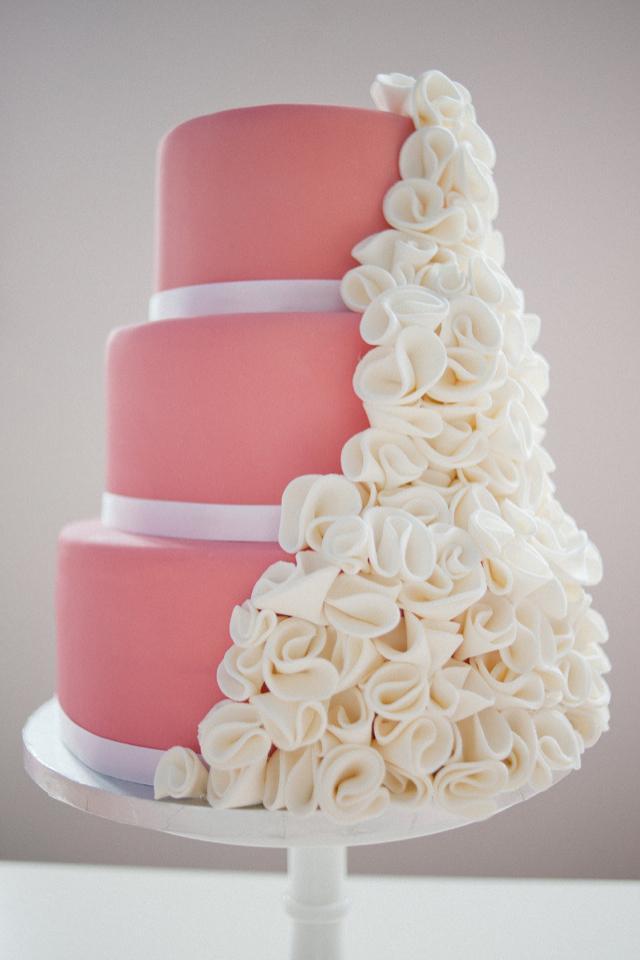 Ružové torty inšpirácie - Obrázok č. 55