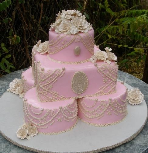 Ružové torty inšpirácie - Obrázok č. 57