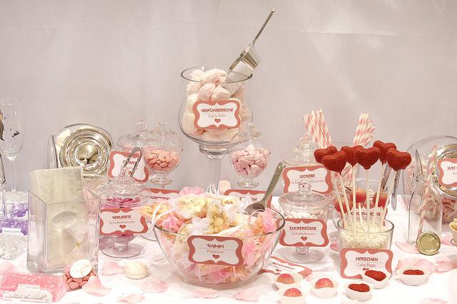 Candy bar alebo sladkosti na svadbe - Obrázok č. 15