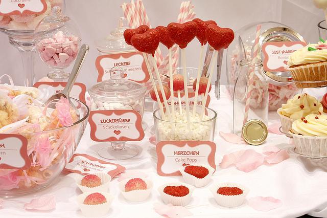 Candy bar alebo sladkosti na svadbe - Obrázok č. 30