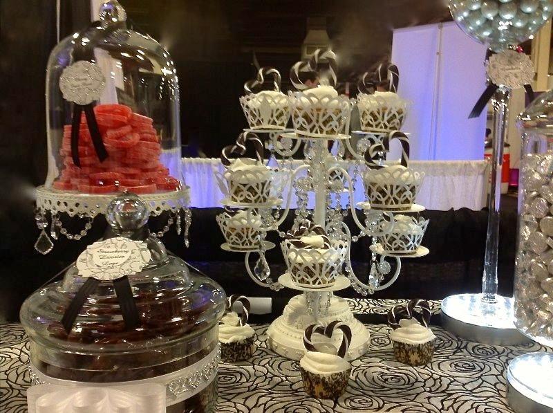 Candy bar alebo sladkosti na svadbe - Obrázok č. 44