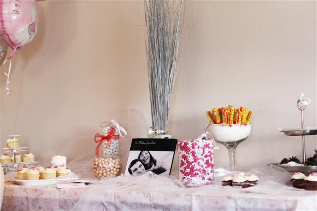 Candy bar alebo sladkosti na svadbe - Obrázok č. 58