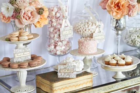 Candy bar alebo sladkosti na svadbe - Obrázok č. 63