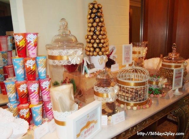 Candy bar alebo sladkosti na svadbe - Obrázok č. 100