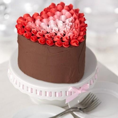 Červené torty inšpirácie - Obrázok č. 4
