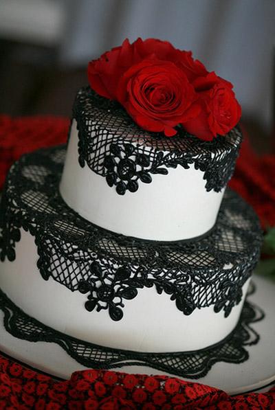 Červené torty inšpirácie - Obrázok č. 32