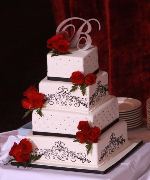 Červené torty inšpirácie - Obrázok č. 39