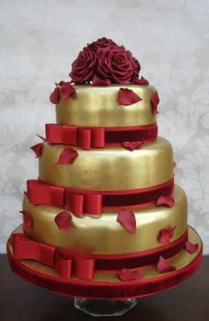 Červené torty inšpirácie - Obrázok č. 44