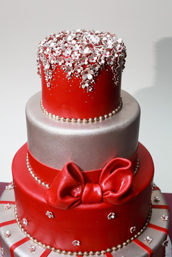 Červené torty inšpirácie - Obrázok č. 81
