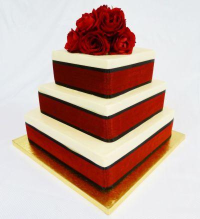 Červené torty inšpirácie - Obrázok č. 90