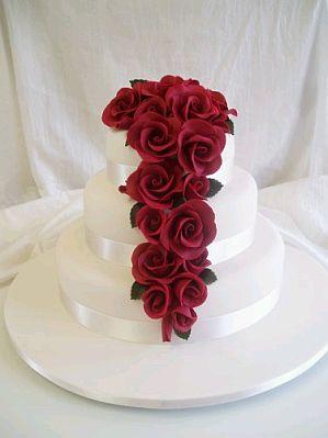 Červené torty inšpirácie - Obrázok č. 94
