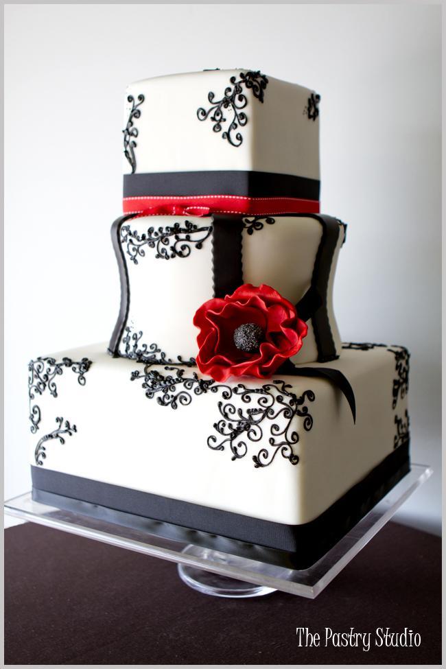Červené torty inšpirácie - Obrázok č. 96