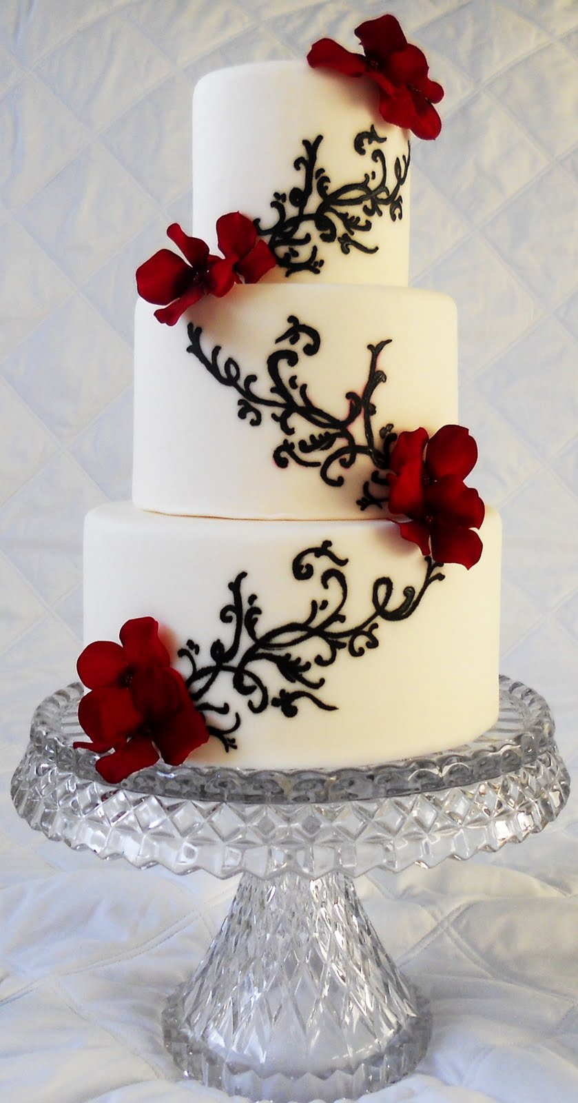 Červené torty inšpirácie - Obrázok č. 98