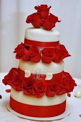 Červené torty inšpirácie - Obrázok č. 99
