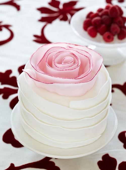 Ružové torty inšpirácie - Obrázok č. 82