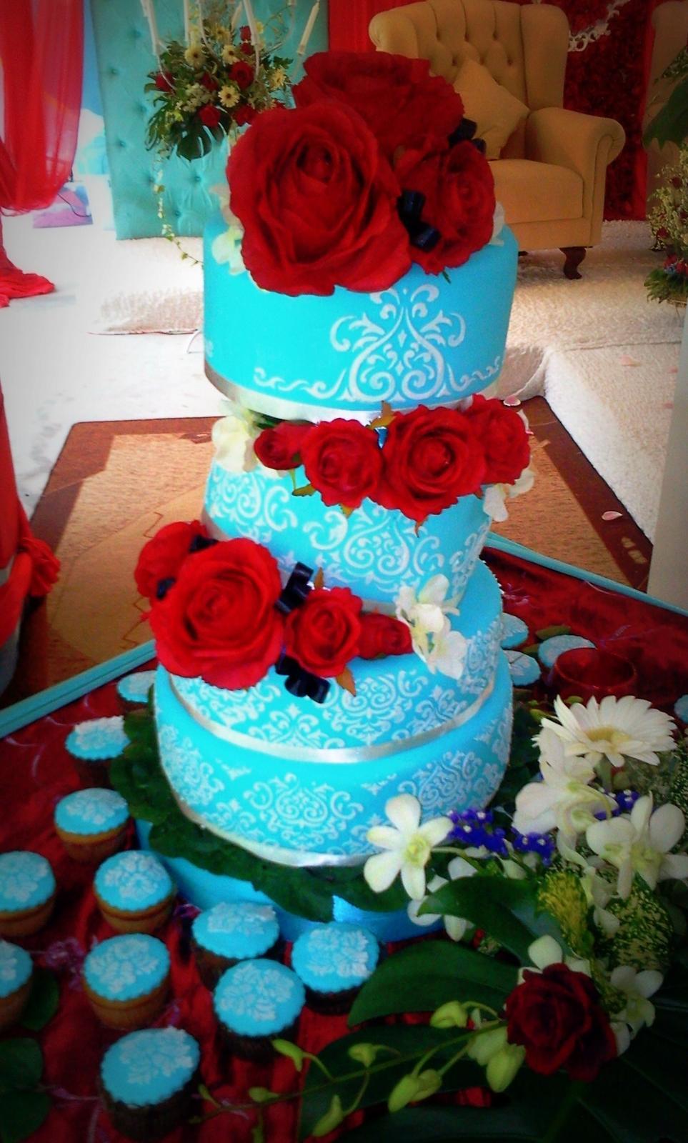Modré torty inšpirácie - Obrázok č. 30