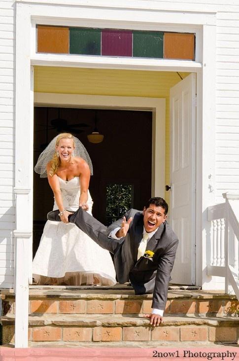 Zábavné svadobné fotografie inšpirácie - Obrázok č. 1