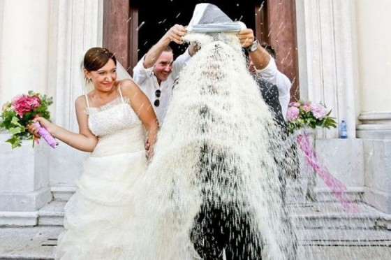 Zábavné svadobné fotografie inšpirácie - Obrázok č. 38
