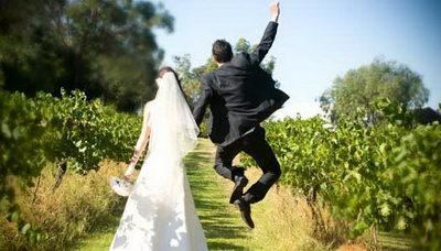 Zábavné svadobné fotografie inšpirácie - Obrázok č. 51