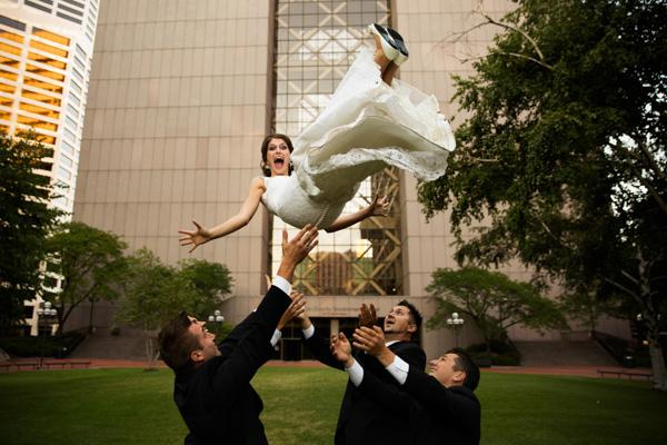 Zábavné svadobné fotografie inšpirácie - Obrázok č. 90