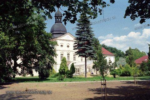 Kaštiele a zámky na Slovensku - Adamovce