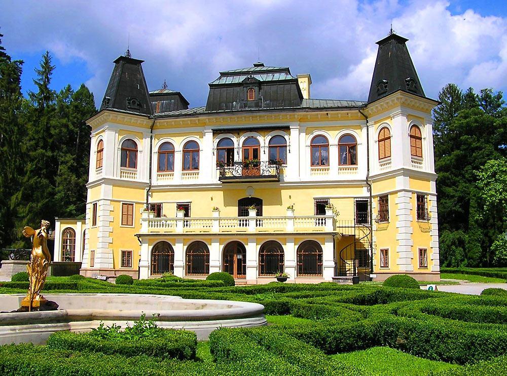 Kaštiele a zámky na Slovensku - Betliar