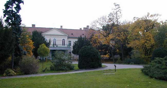 Kaštiele a zámky na Slovensku - Malinovo