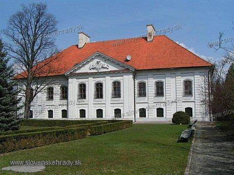 Kaštiele a zámky na Slovensku - Budimir